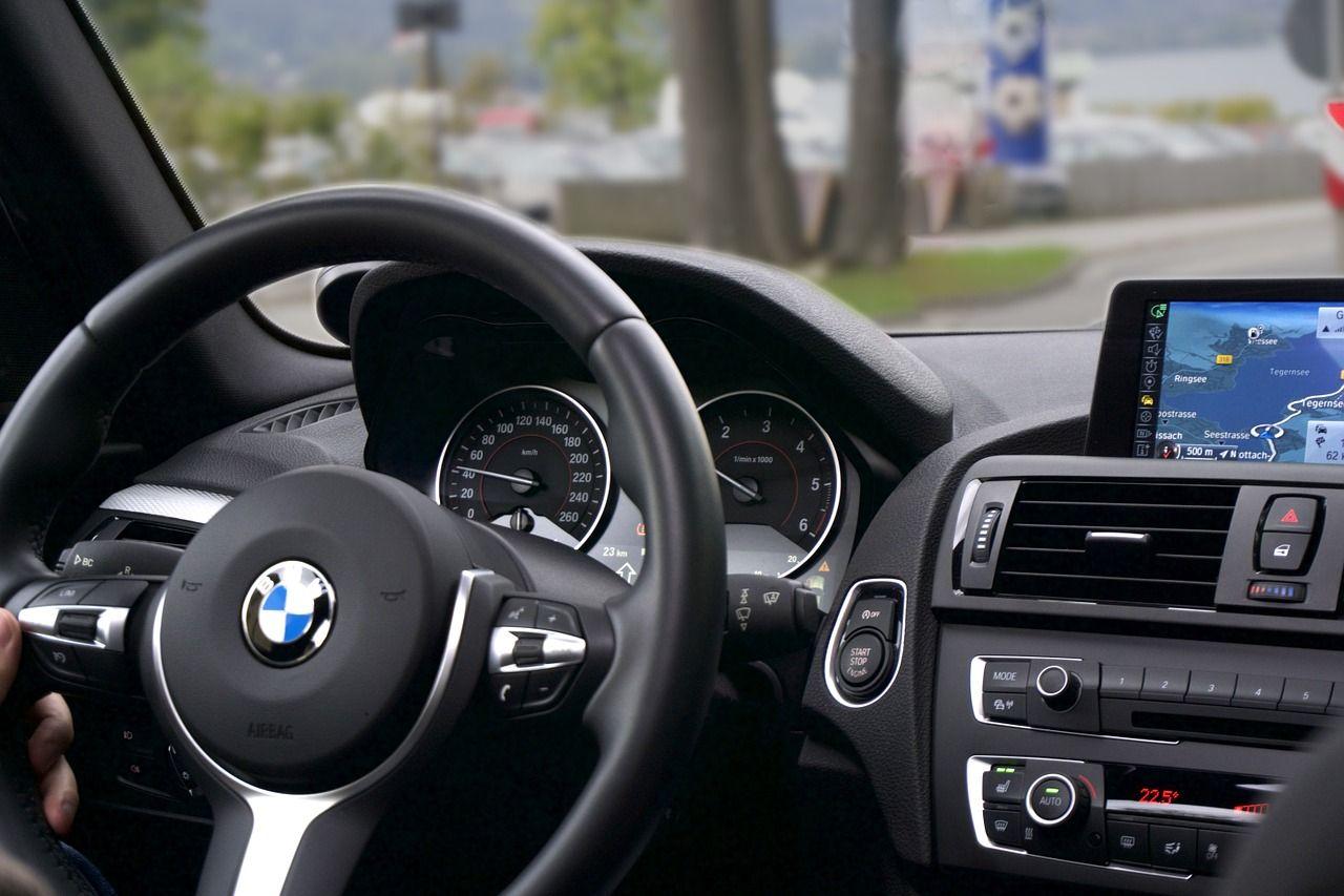 Comment nettoyer les plastiques intérieurs d'une voiture ?